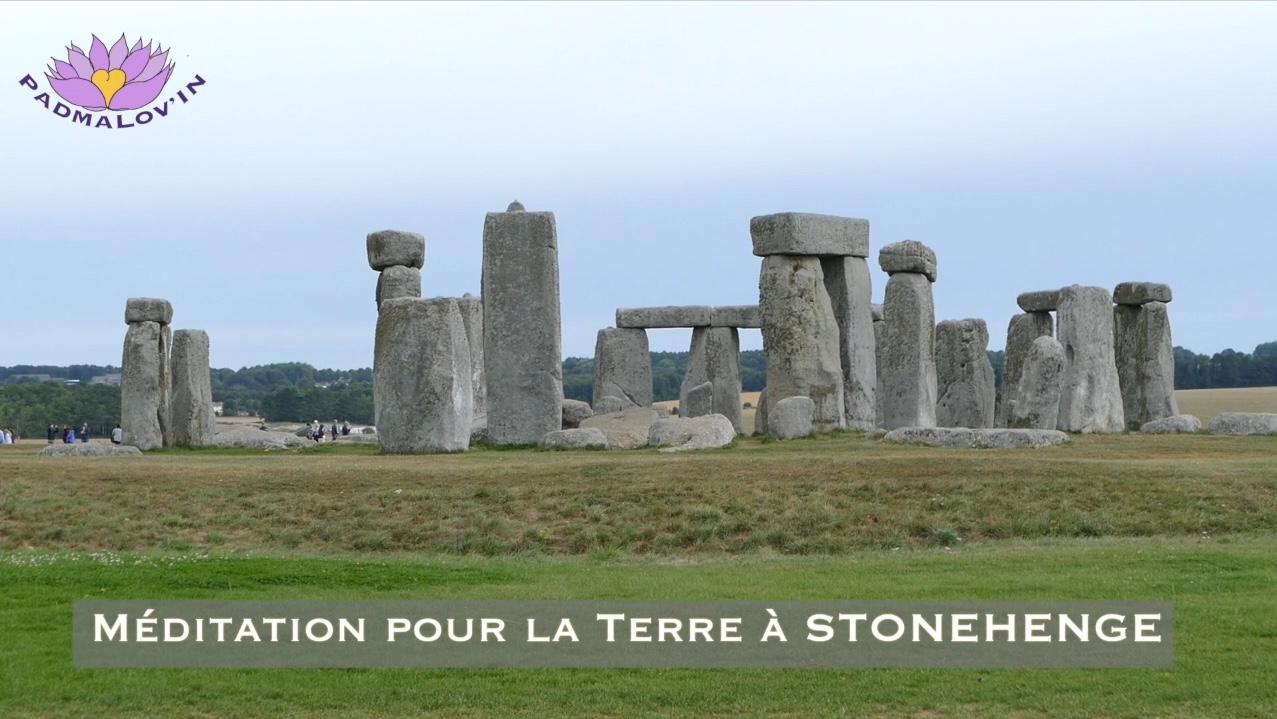 Méditation pour Gaïa à Stonehenge